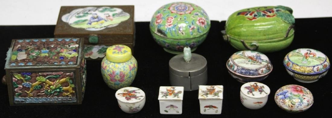 LOT OF (13) VINTAGE CHINESE PORCELAIN BOXES - 6