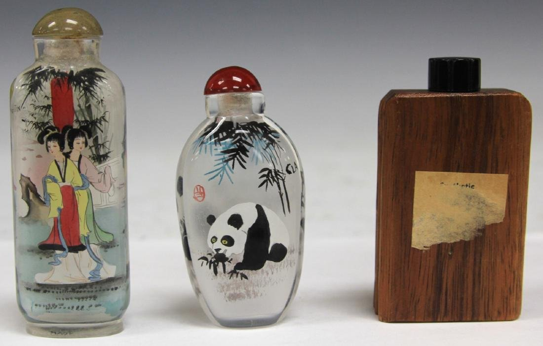 LOT OF (3) CHINESE SNUFF BOTTLES: BAMBOO & GLASS - 2