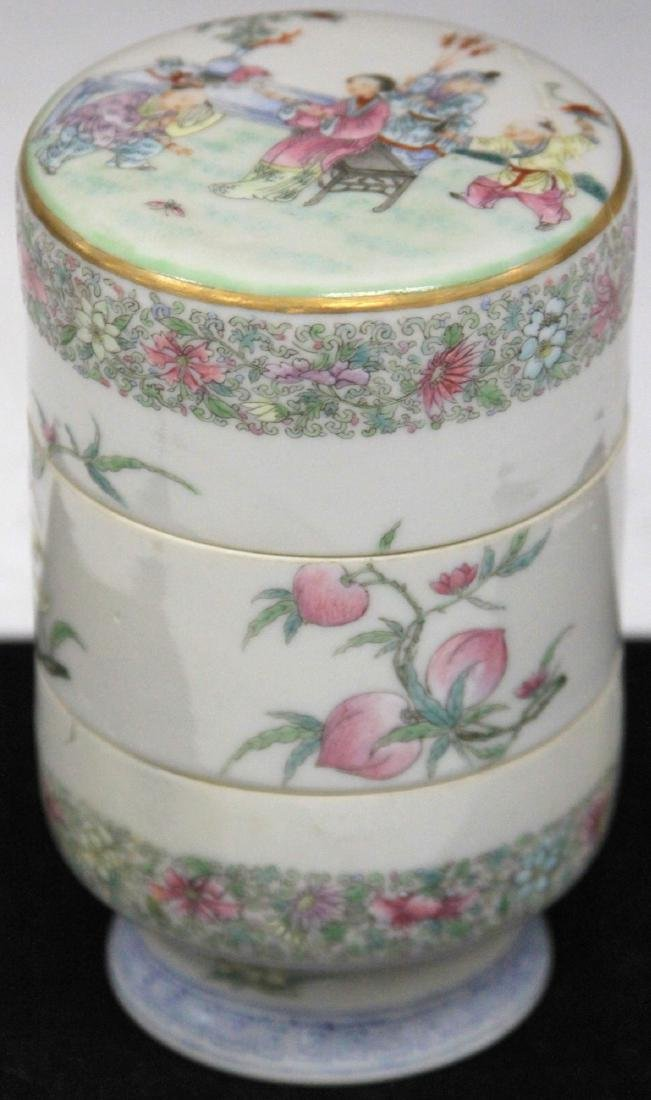 CHINESE REPUBLIC PERIOD PORCELAIN STACKING BOXES