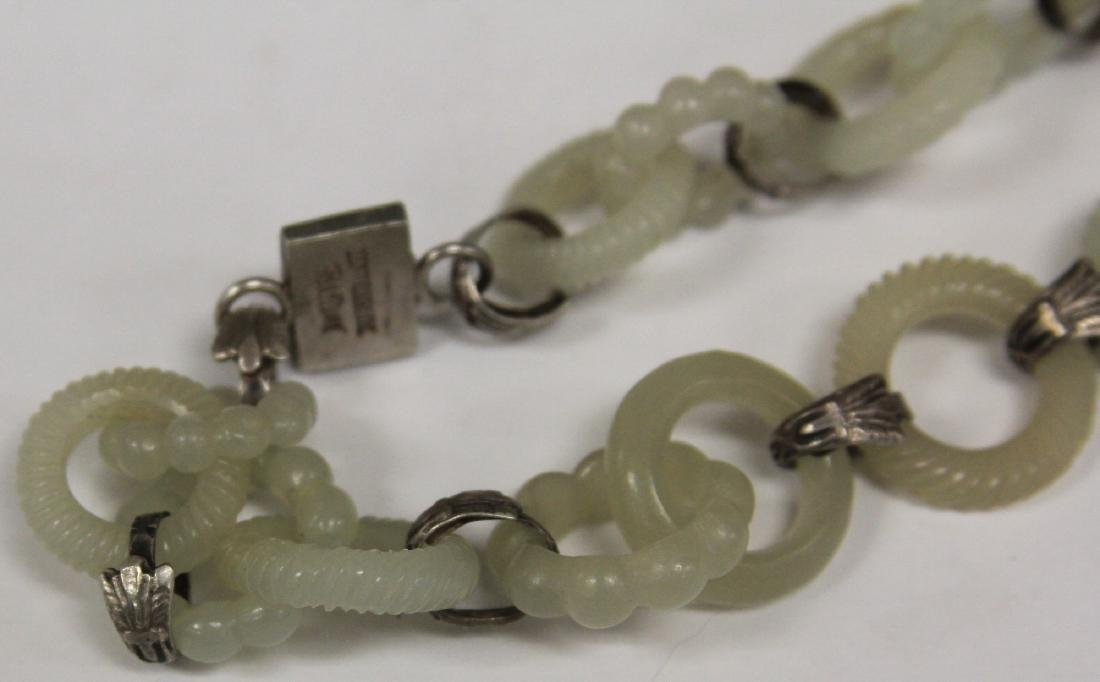 VINTAGE CHINESE CARVED JADE NECKLACE & EARRINGS - 2