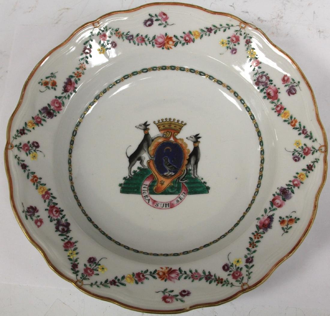 PAIR OF 18TH C. PORCELAIN EXPORT PLATES - 5