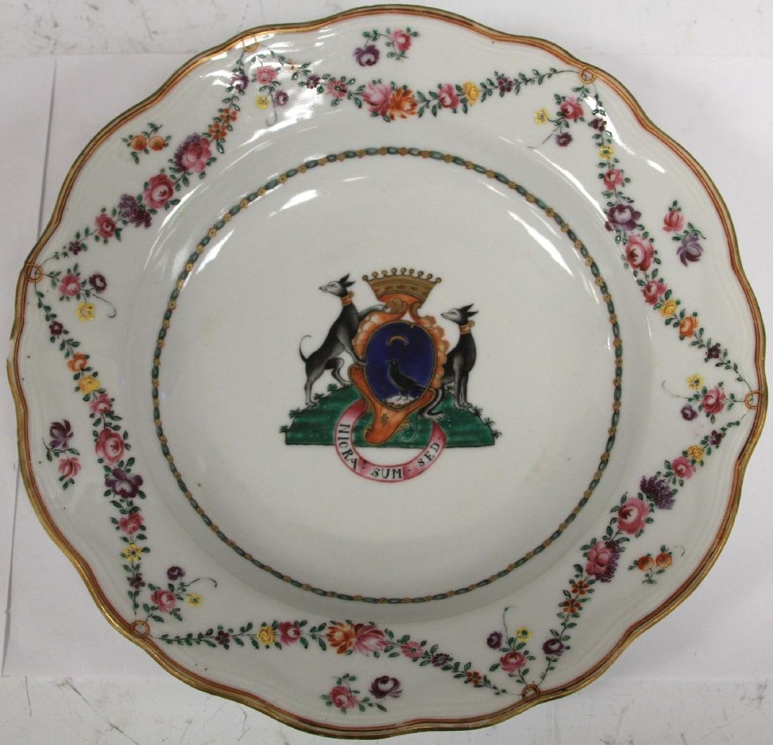 PAIR OF 18TH C. PORCELAIN EXPORT PLATES - 6