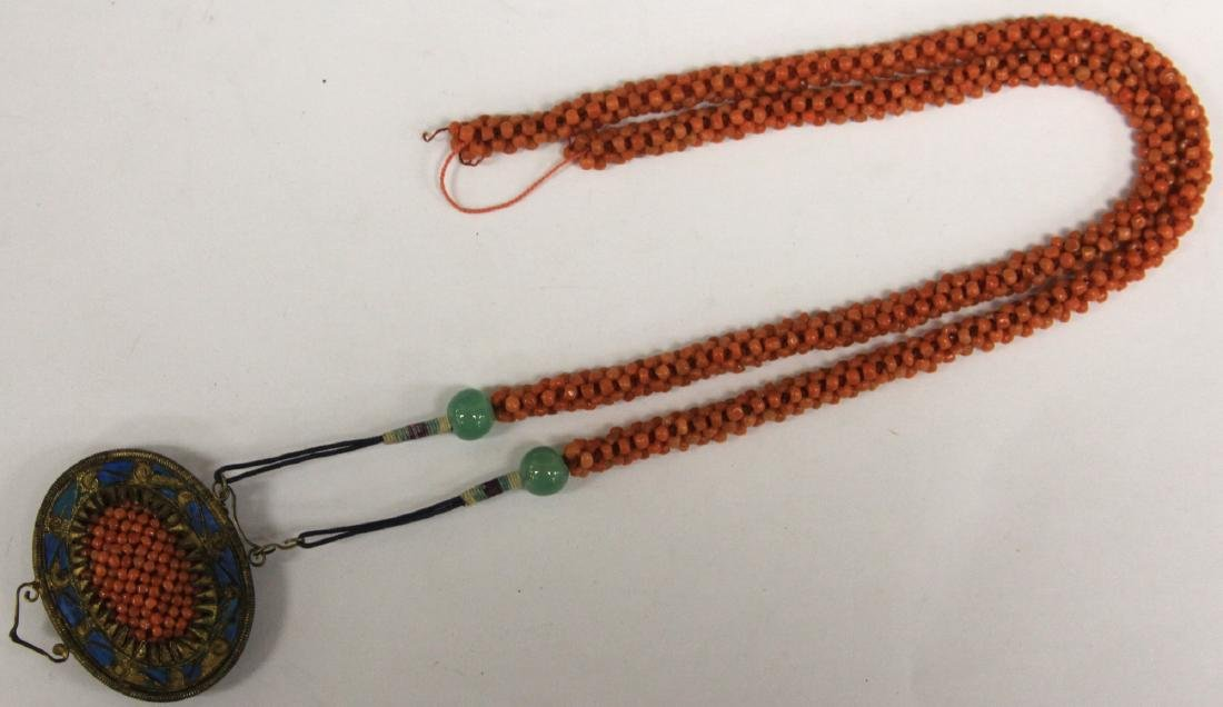 EARLY CHINESE BEADED CORAL NECKLACE - 2