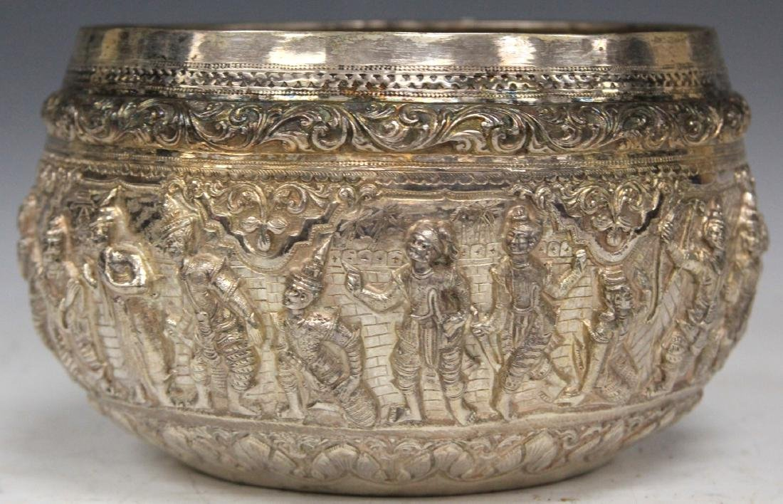 BURMESE SILVER PRESENTATION BOWL, 29 TROY OZ.