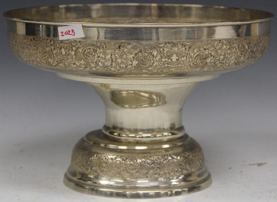 THAI SILVER PRESENTATION STEM FOOT BOWL