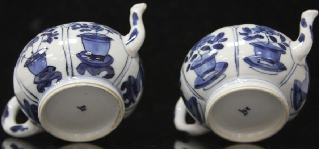 PAIR OF CHINESE BLUE & WHITE PORCELAIN TEAPOTS - 7