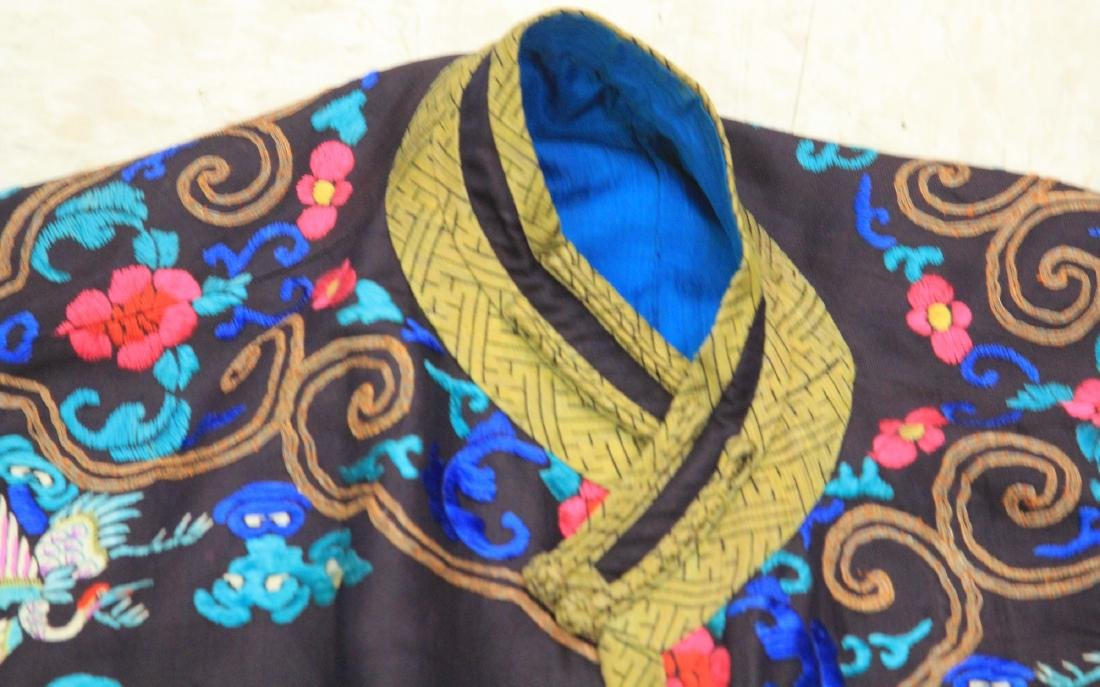 VINTAGE CHINESE EMBROIDERED ROBE - 4