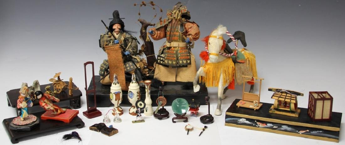 LOT OF JAPANESE NOH DOLLS & MISC. DECORATIVE ITEMS