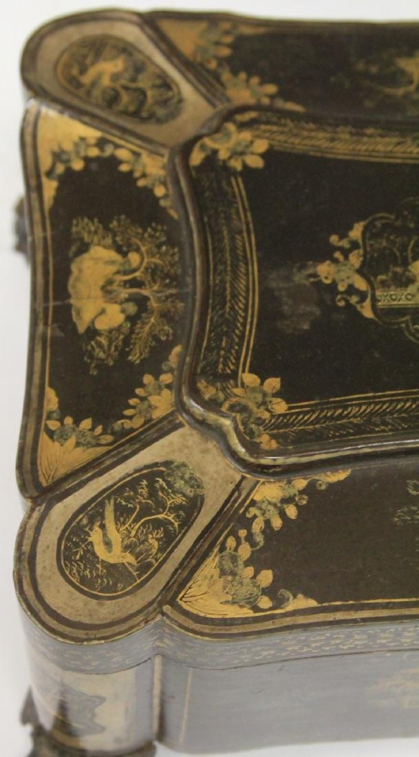 18TH C. CHINESE EXPORT LACQUERED FOOTED BOX - 3