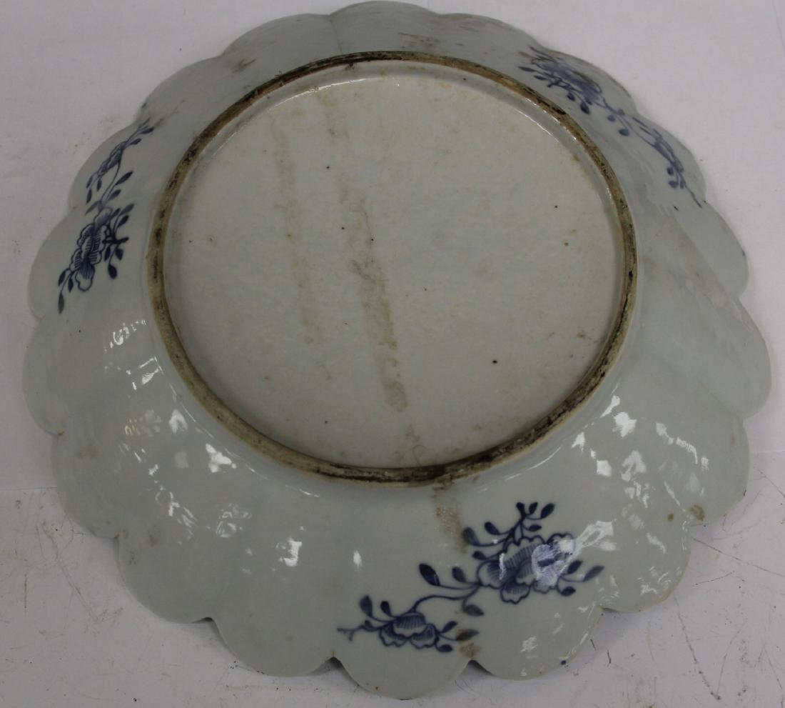 18TH C. CHINESE BLUE & WHITE PORCELAIN PLATE - 2
