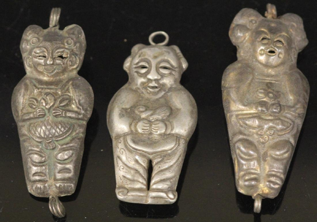 LOT OF (20) CHINESE SILVER PENDANTS - 8