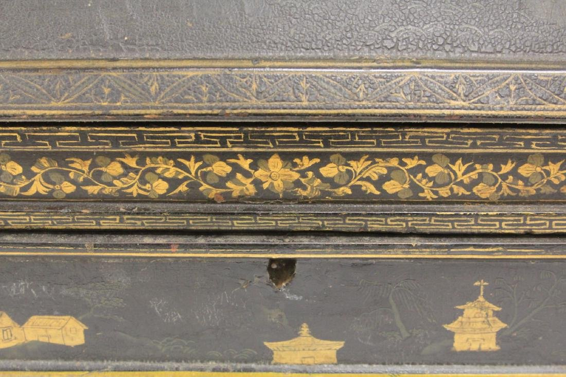 18TH C. CHINESE LACQUERED TABLE TOP DESK - 2