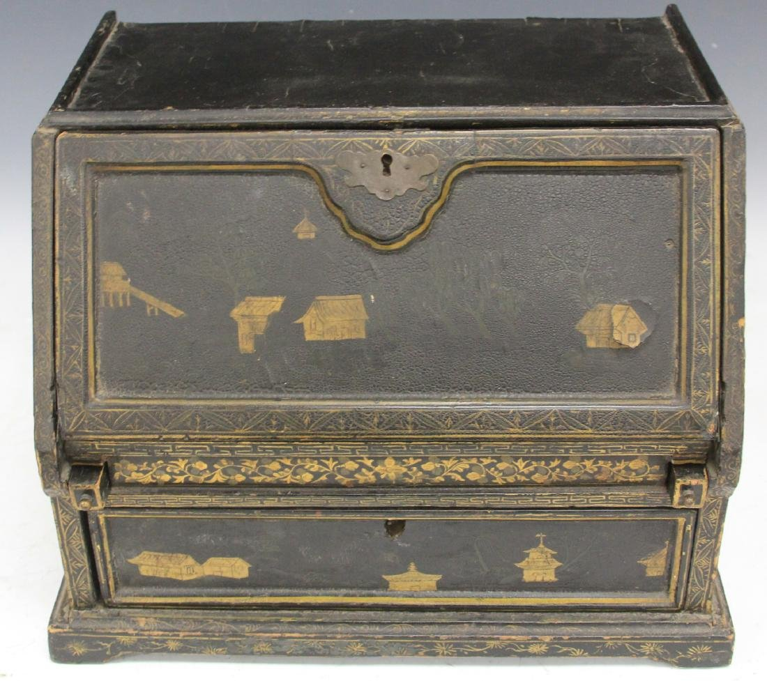 18TH C. CHINESE LACQUERED TABLE TOP DESK - 3