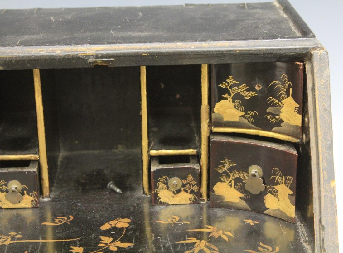 18TH C. CHINESE LACQUERED TABLE TOP DESK - 8