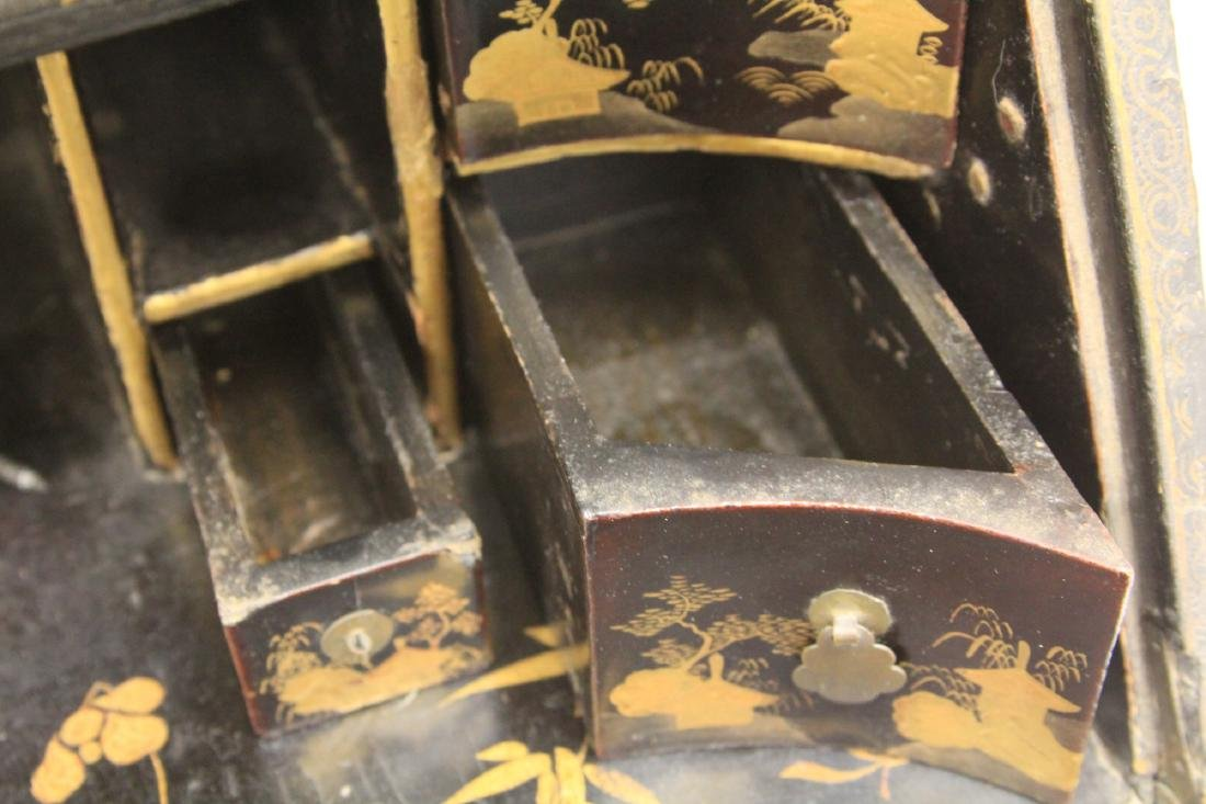 18TH C. CHINESE LACQUERED TABLE TOP DESK - 9