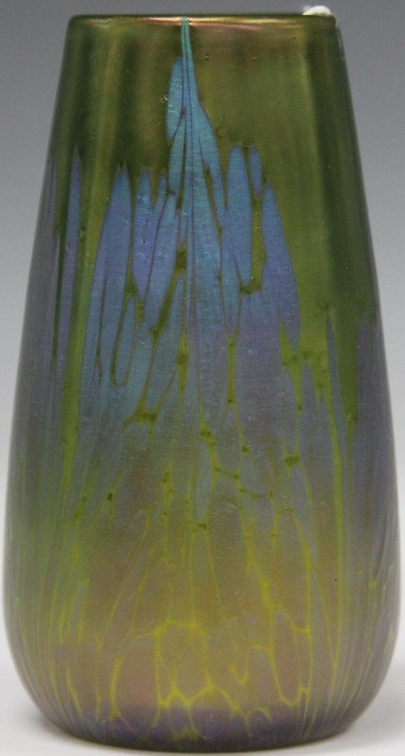 "LOETZ SYTLE GREEN GLASS VASE, 5 1/2"" H"