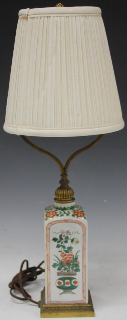 VINTAGE JAPANESE PORCELAIN LAMP