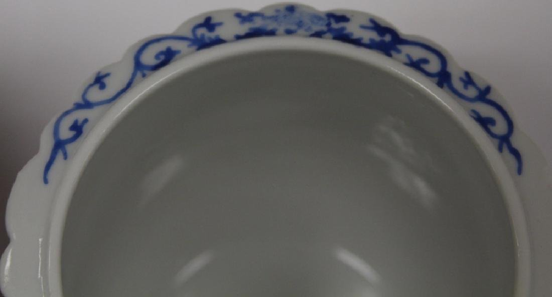 PAIR OF CHINESE REPUBLIC PERIOD FLOWER POTS - 3