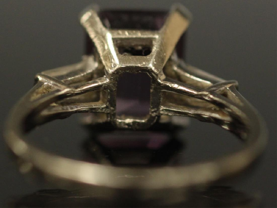 LADY'S AMETHYST 14KT WHITE GOLD RING, 3.3 GRAMS - 4
