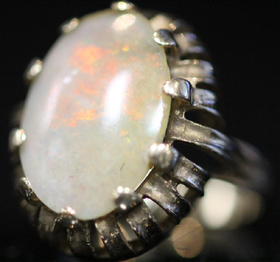 14KT GOLD OPAL DOUBLET RING