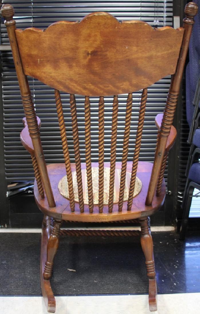 VICTORIAN WOODEN SPINDLE BACK ROCKING CHAIR - 4