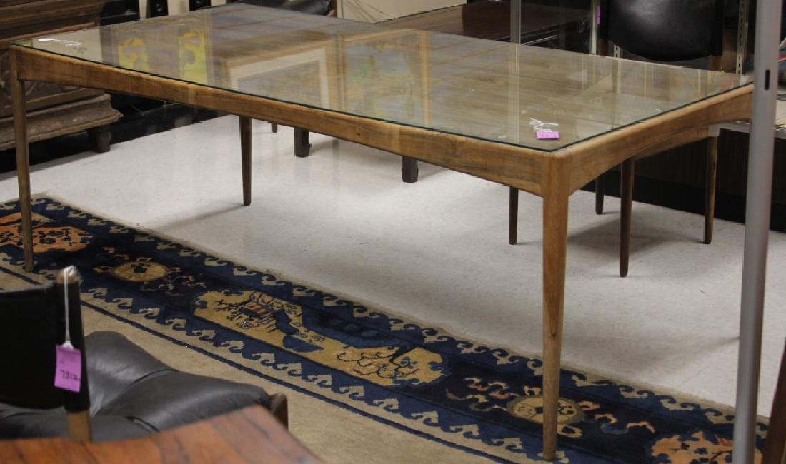 MID-CENTURY ROSEWOOD DINING TABLE - 2