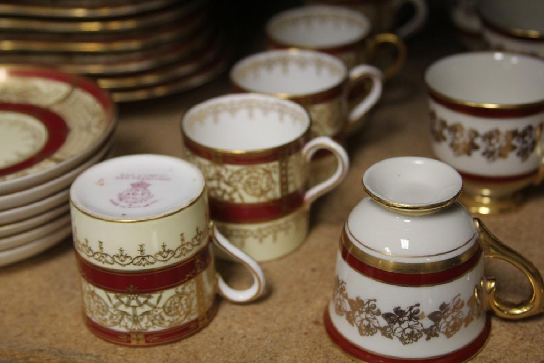 LOT OF ASSORTED CHINA, INCL. ROYAL WORCESTER GUMPS - 6