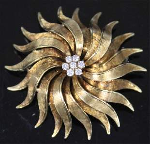 LADYS DIAMOND 18KT YELLOW GOLD BROOCH