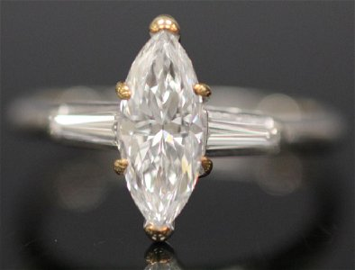 LADY'S 1.5 CT MARQUISE DIAMOND PLATINUM RING