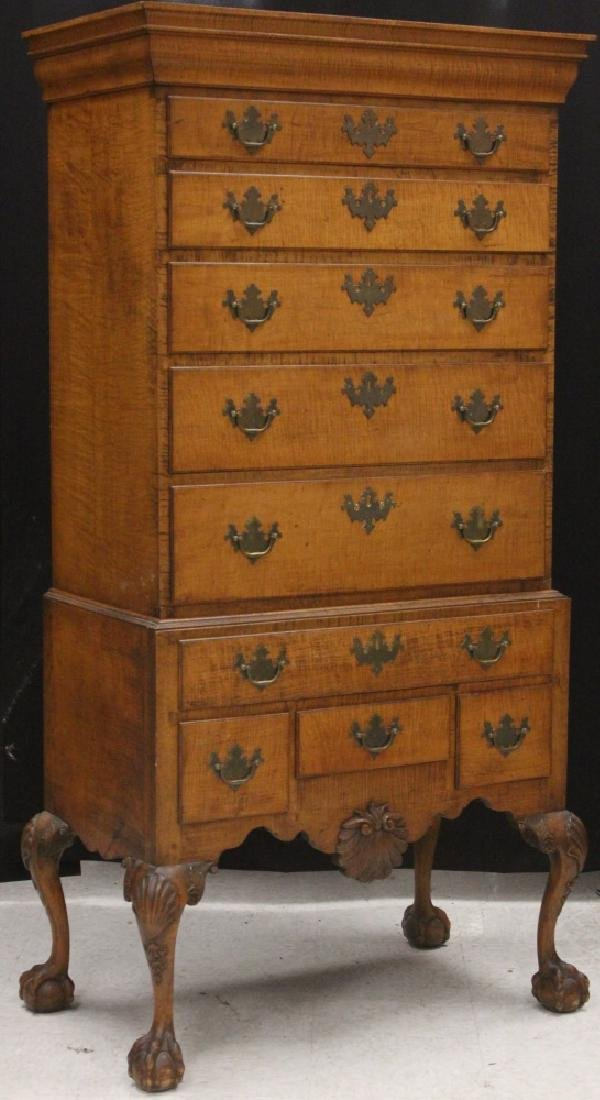 18TH CENTURY CHIPPENDALE MAPLE CHEST-ON-CHEST - 2