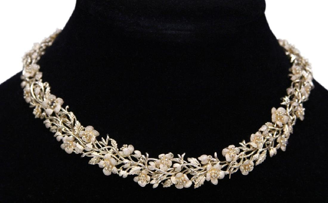 14KT YELLOW GOLD NECKLACE W/ FLORAL MOTIF