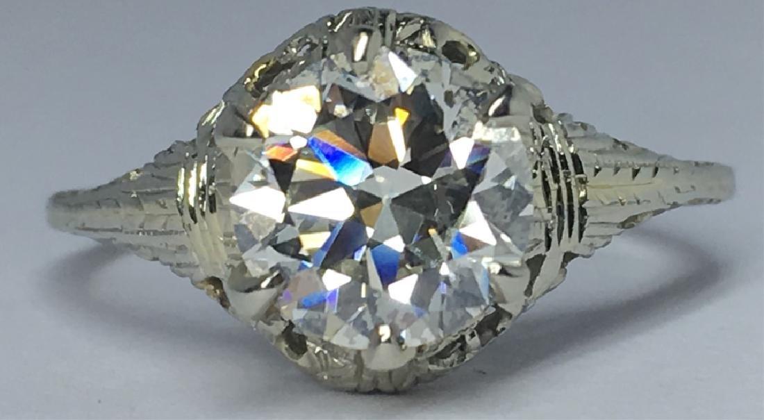 LADY'S VINTAGE 1.71CT DIAMOND 18KT WHITE GOLD RING