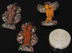 LOT OF (4): CHINESE PINS & CARVED STONE PENDANT