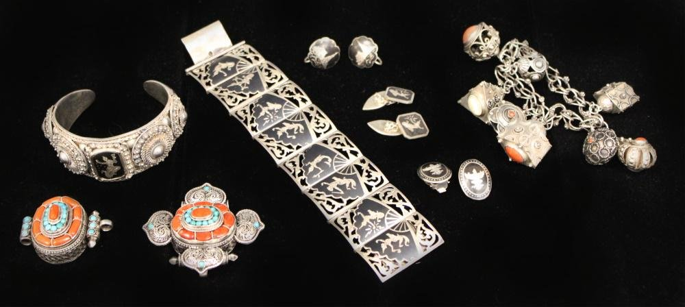 LOT OF 8 THAI SILVER VINTAGE JEWELRY