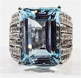 14KT AQUAMARINE DIAMOND LADY'S RING