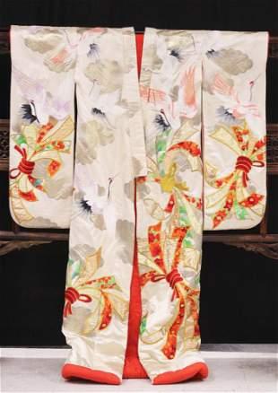 JAPANESE SILK WOVEN KIMONO