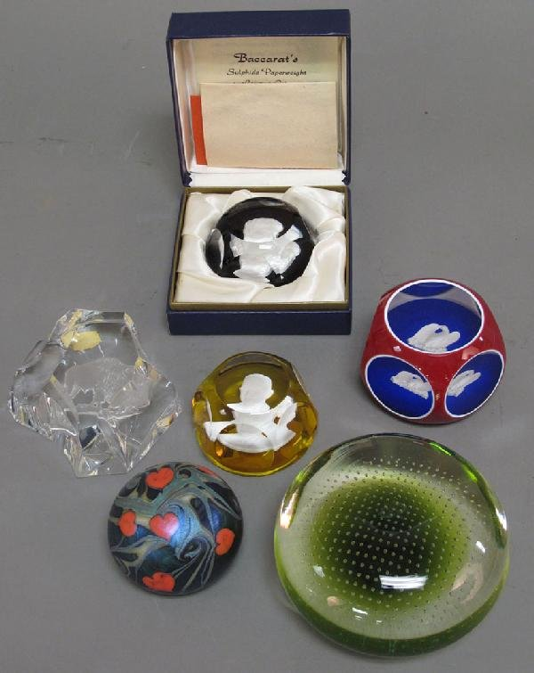 5: ASSORTMENT OF (6) GLASS PAPERWEIGHTS including Bacca