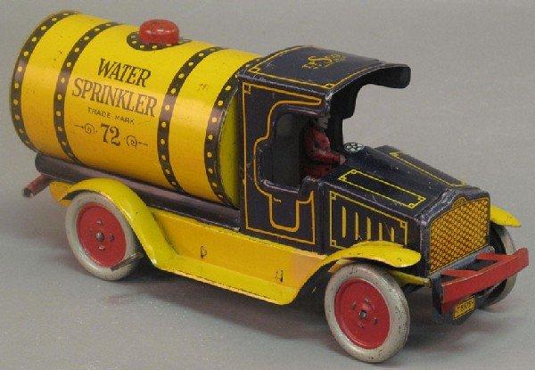 172: WATER SPRINKLER TRUCK  Ferdinand Strauss (wind-up)