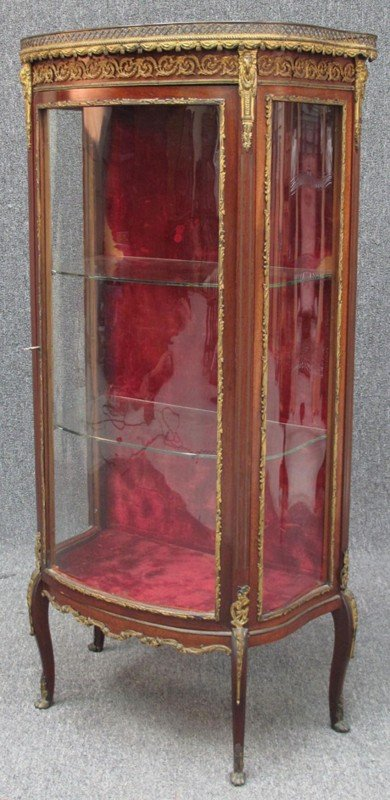 511: FRENCH CURVED GLASS CURIO with marble top note: da