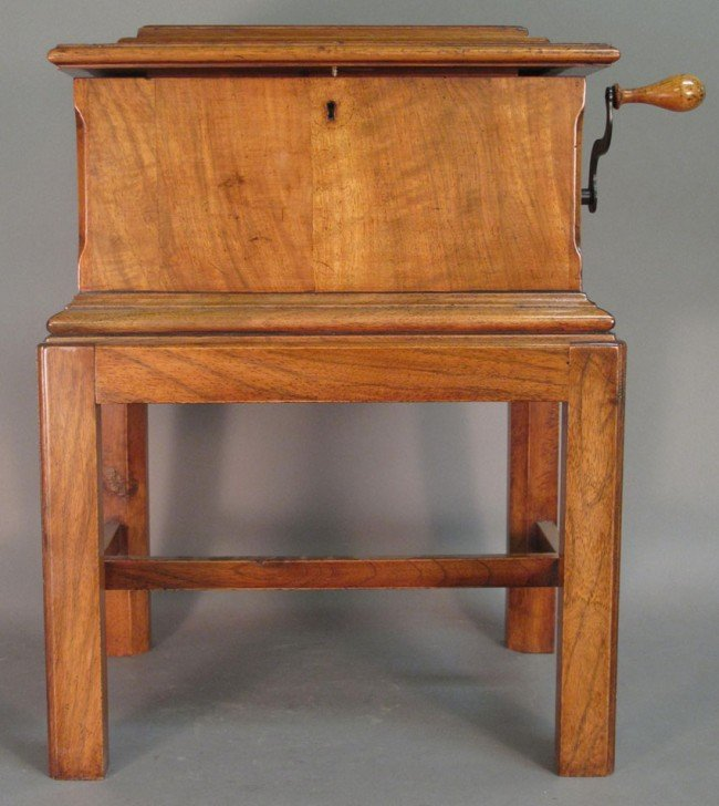 512: SYMPHONION DOUBLE COMB MUSIC BOX on stand height: