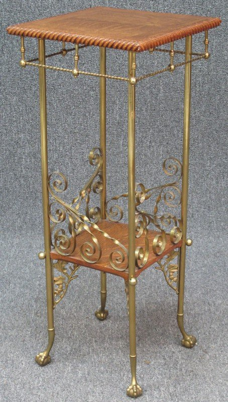 514: EARLY 20TH CENTURY OAK AND BRASS PLANT STAND heigh