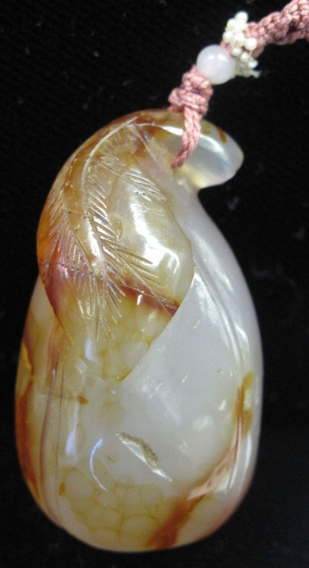 65: CARVED AGATE with BLOSSOM LEAF length: 1 1/2""