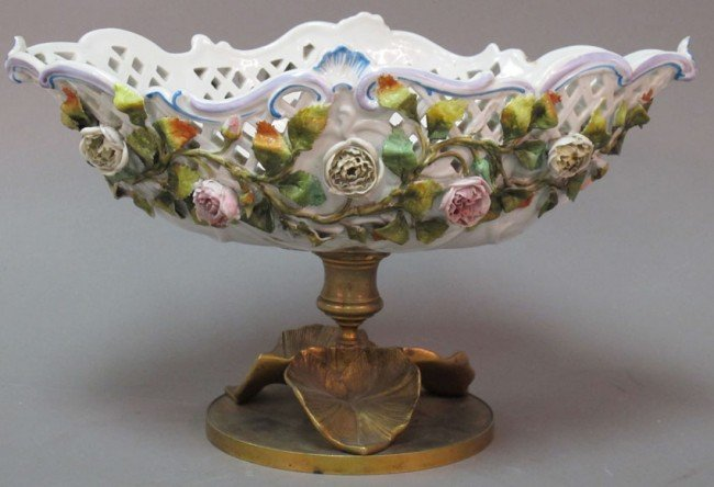 1009: FRENCH PORCELAIN COMPOTE