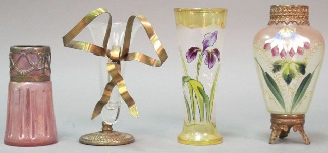 1017: GROUPING OF VICTORIAN ART GLASS