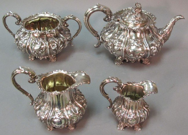 1020: ENGLISH STERLING SILVER TEA SERVICE weight: 52 tr