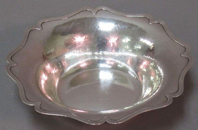 1022: SHREVE & CO. STERLING SILVER HAMMERED LOW BOWL we