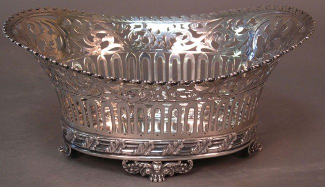 """1053: TIFFANY & CO. STERLING FOOTED BOWL length: 9 1/4"""""""