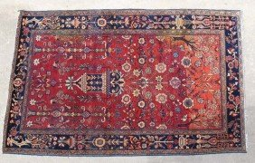 FARAHAN SAROUK PERSIAN CARPET circa early 20th