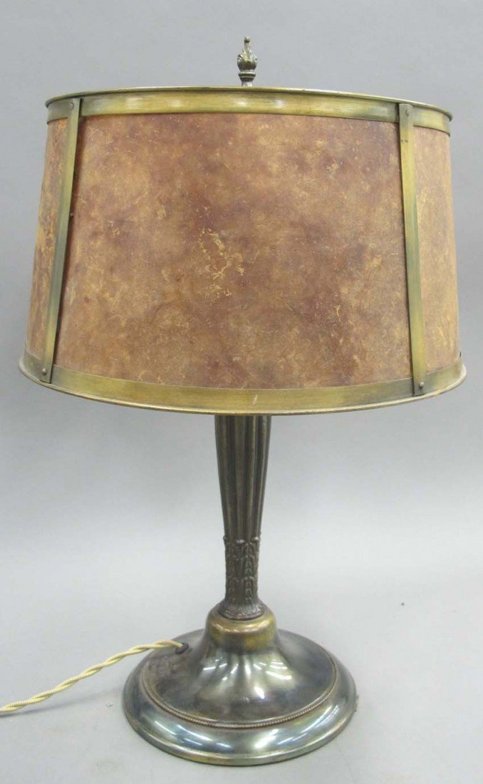 EARLY AMERICAN PAINTED METAL LAMP WITH MICA SHA