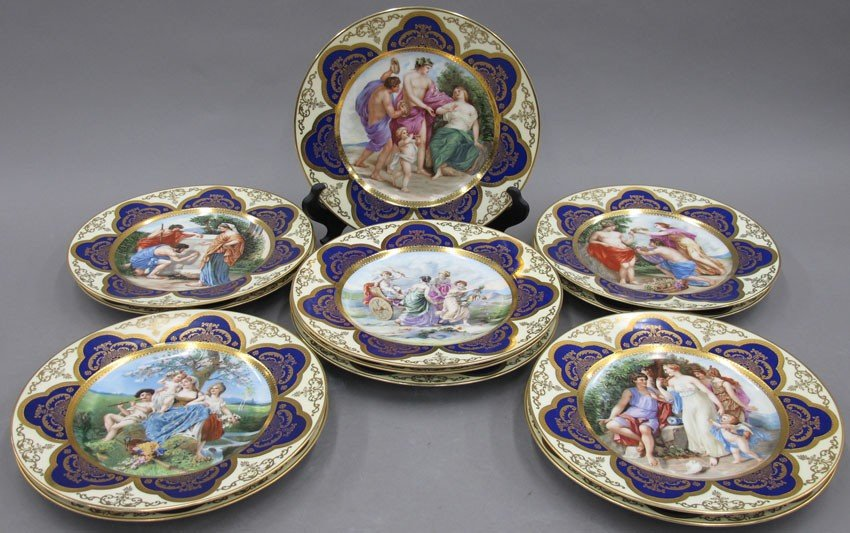 SET OF (12) EUROPEAN PAINTED CABINET PLATES dia
